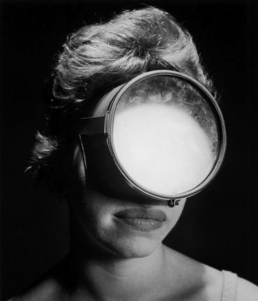 w-mask.jpg