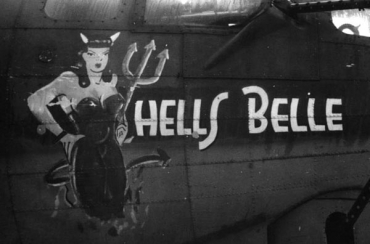 HELLS BELLE Fascinating_Aircraft_Nose_Art14.jpg
